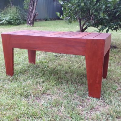 QLD red 2 seat bench1