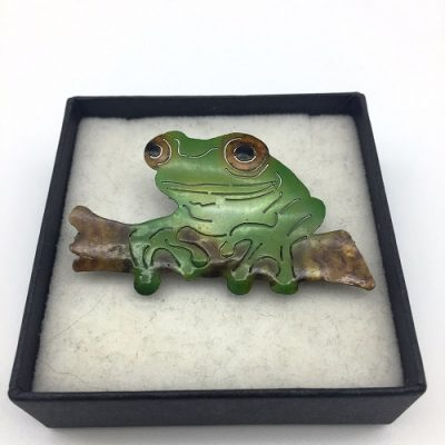 madeinaustralia.100-FROG ON LOG BROOCH