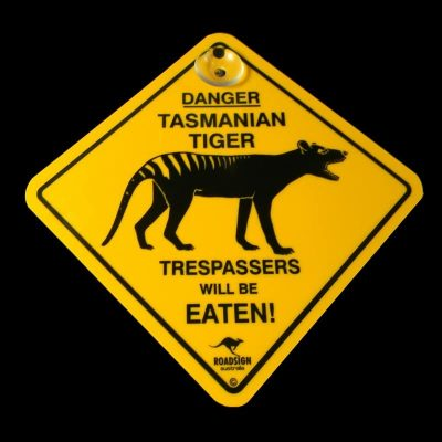 tusam-Australian Made Souvenir Roadsign Car Window Suction Swing Sign Tasmanian Tiger 1_tn